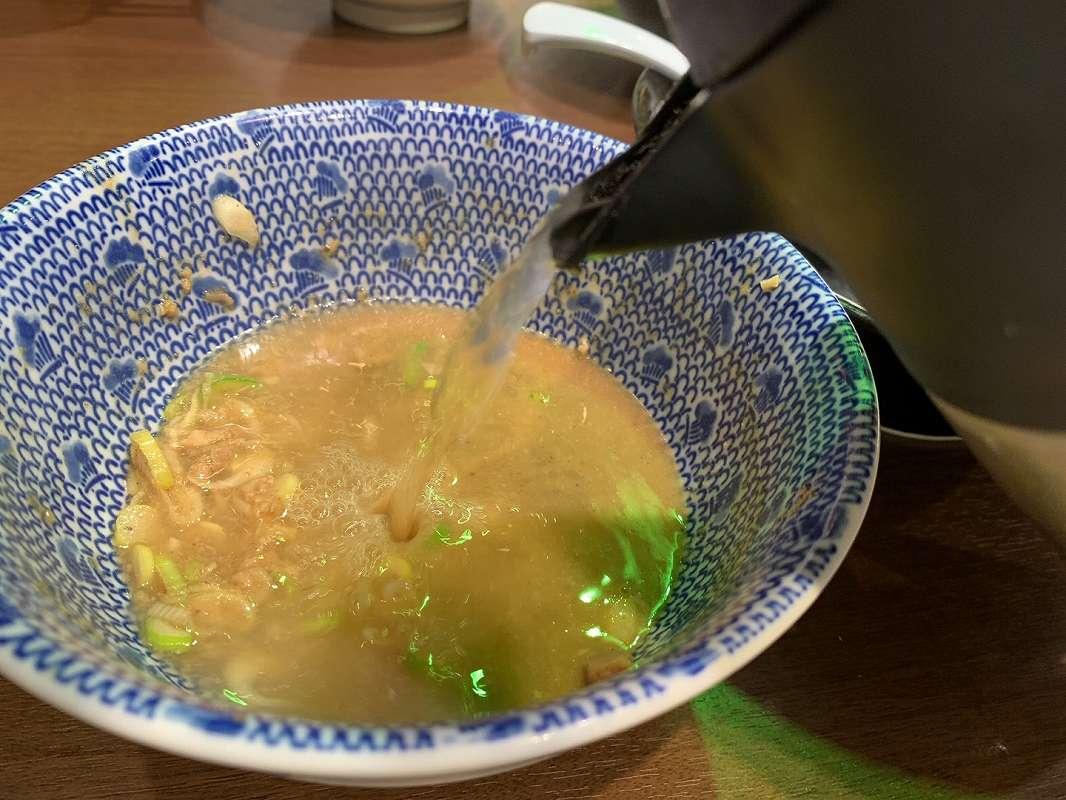 六厘舎の割りスープ