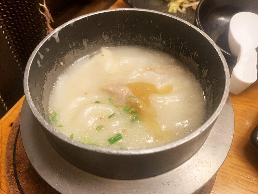 トサカモミジの鶏白湯スープ